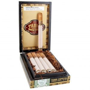 This is a box of Tabak Especial Lonsdale Dulce